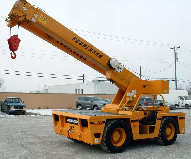 Broderson IC 200 - 15 Ton - front