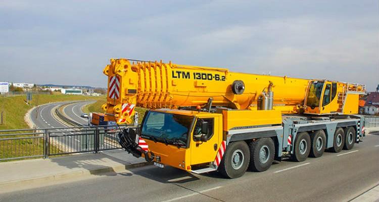 Liebherr LTM 1300: 350 Ton